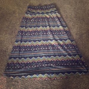 Bobeau Midlength skirt medium